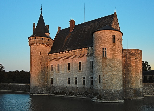 castle-979725_640